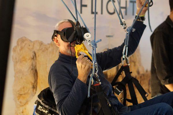 vr-paraglide-simulator-gallery3